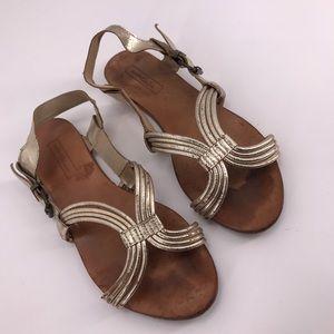 Zara Basic Sz 9 Grecian Twisted Flat
